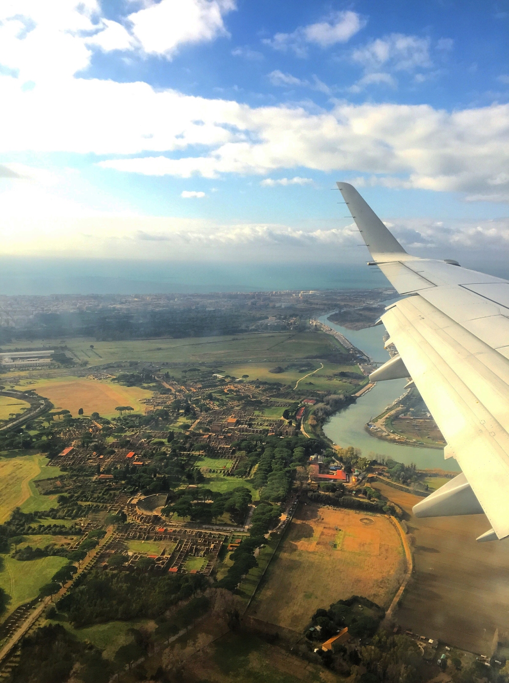 Flying into Fiumicino! Absolutely blown away by my flight from Dusseldorf, Germany to the Aeroporti di Roma